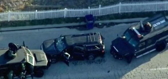 Masina în care au fost ucisi atacatorii