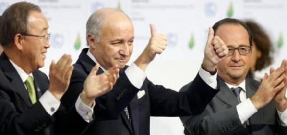 """""""Historic"""" Paris climate deal adopted"""