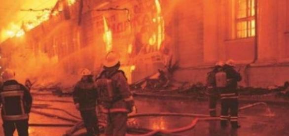 Incendiu teribil in Rusia. 23 de morti