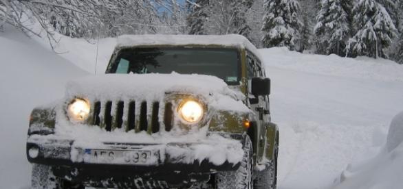 Jak przetrwać z samochodem zimę?