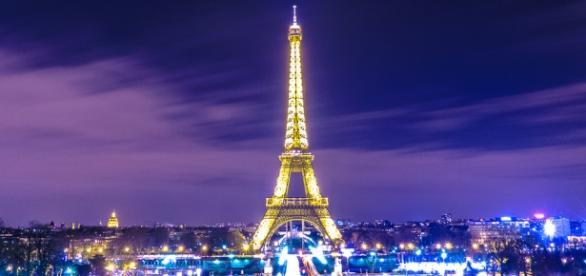 Torre Eiffel, símbolo da capital Paris