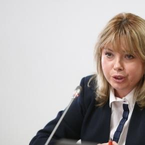 Anca Dragu, ministrul Finanţelor (wall-street.ro)