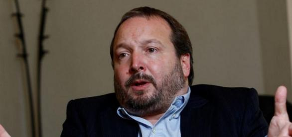 Sabatella acusado por delito, según Código Penal
