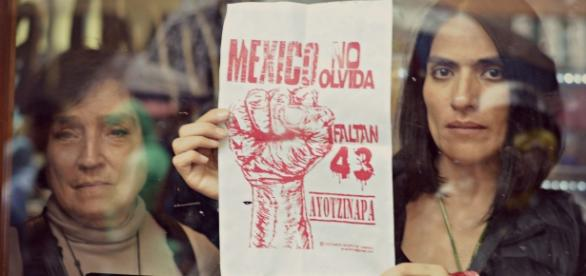 Dueños de locales protestan. Foto: Mitzi Vera
