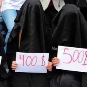 Sclave ISIS vândute la licitaţie - Sursa Youtube