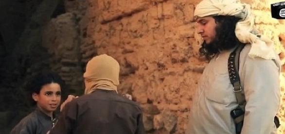 Copiii sunt instruiți să ucidă de jihadiști
