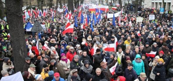 Manifestacja Komitetu Obrony Demokracji w stolicy