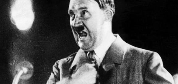 Adolf Hitler - un expert al discursurilor