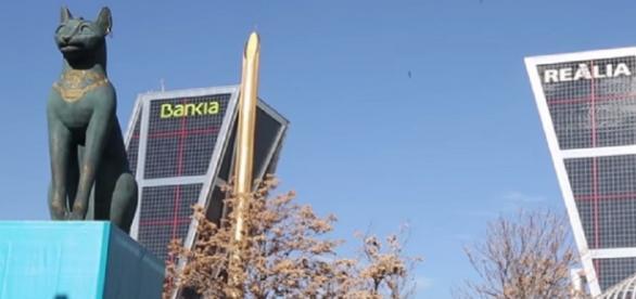 Detalle del exterior. Plaza Castilla, Madrid