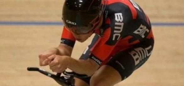 Aussie Rohan Dennis took the hour world record