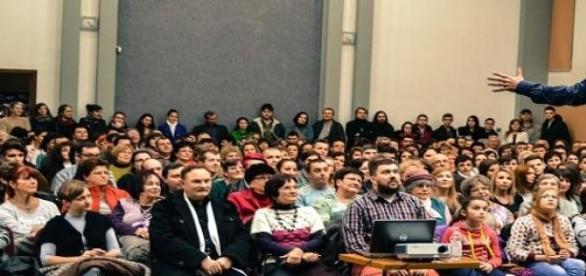 Vujity Tvrtko tartott előadást világutazásairól