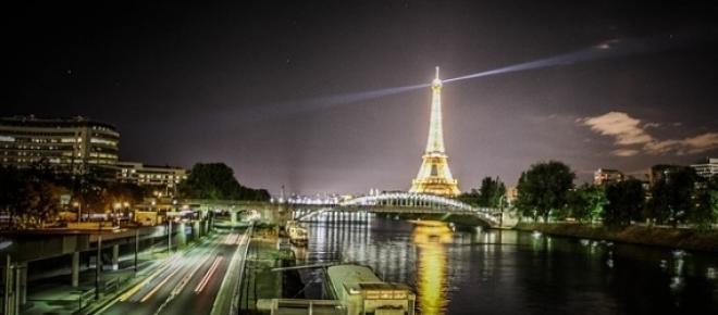 Te recomendamos algunos lugares que debes visitar en tu primera visita a París, una ciudad llena de arte, cultura, luces, protagonista de hechos históricos, escenario de diferentes películas y cuna de famosos artistas.