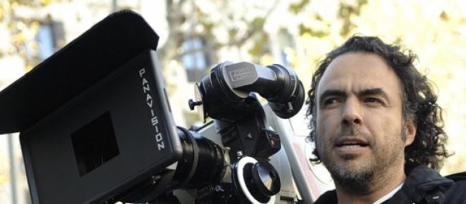 El director mexicano, Alejandro González Iñárritu fue galardonado con tres premios de la Academia, por Mejor Guión Original, Mejor Director y Mejor Película por la cinta Birdma