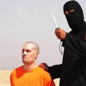 Jihadi John in an ISIS beheading video