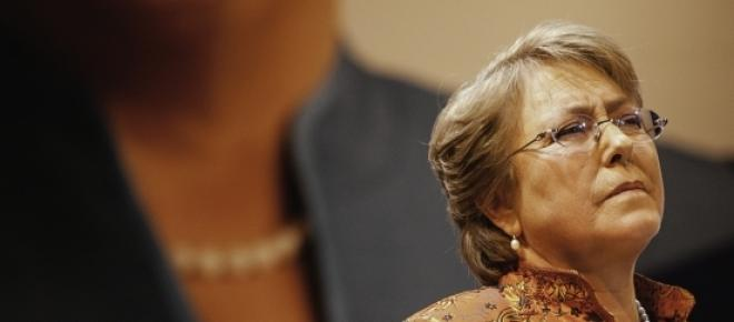 A presidente chilena Michelle Bachelet ainda não se pronunciou sobre o pedido da jovem de 14 anos Valentina Maureira. Ela sofre de fibrose cística e fez um apelo à Bachelet para que autorize sua eutanásia.