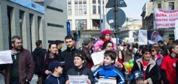 Romanii protesteaza impotriva avorturilor