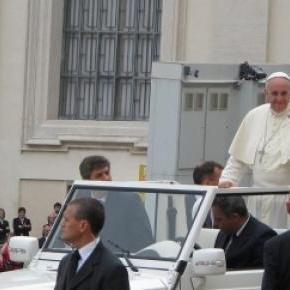 Pour le Pape, il est correct de frapper un enfant.