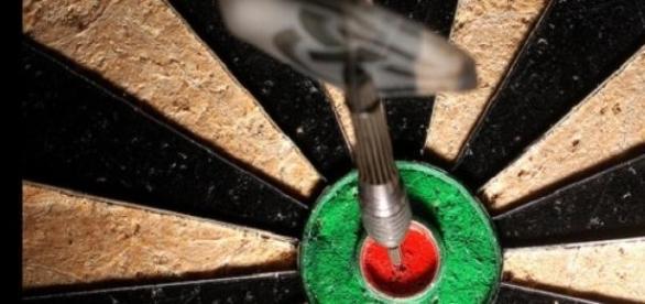 Premier League of darts opened in Leeds