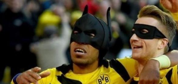 "Der ""Batman-Torjubel"" nach dem Treffer zum 1-0."