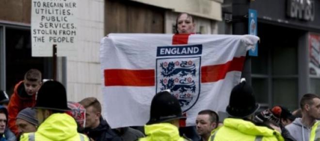 Newcastle en Angleterre: Le rassemblement islamophobe Pegida ne passe pas.