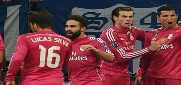 A Schalke ellen újabb lépést tehetnek a Királyiak