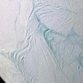 Encelado podría tener condiciones para la vida