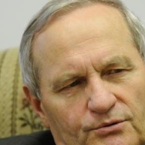 Stanislaw Koziej, inalt oficial polonez