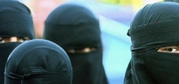 Teroarea Statului Islamic