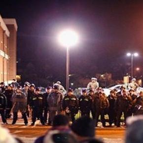 Manifestaciones de Ferguson, dos policías heridos