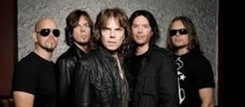 In foto: Joey Tempest e la band Europe