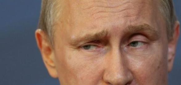 Disparitia lui Putin de pe scena vietii politice