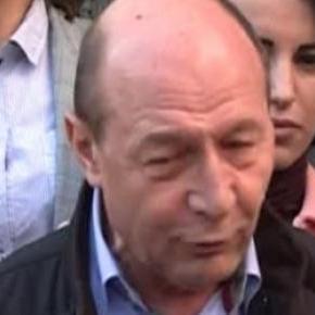 Traian Basescu stie multe