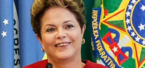 Dilma Rousseff  annonce des lois anti-corruption.