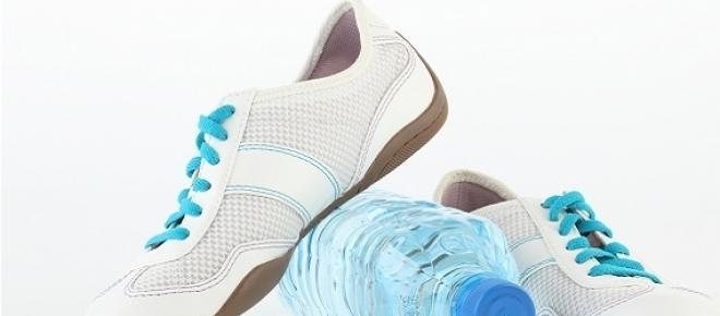 Víz és tiszta edzőcipő nélkül ne tegyük be a lábunk a terembe!