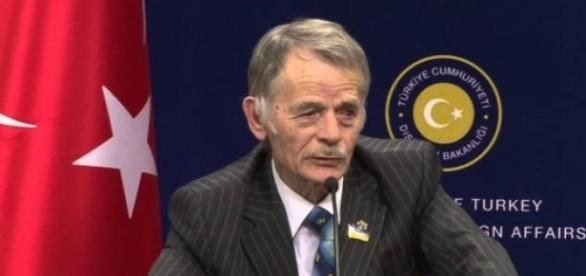 Liderul tatarilor din Crimeea, Mustafa Dzhemilev