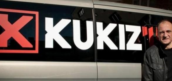 Paweł Kukiz złożył w PKW prawie 200 tys. podpisów.