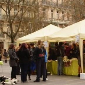 Stand d'Animal Amnistie, à Toulouse, 21 mars 2015