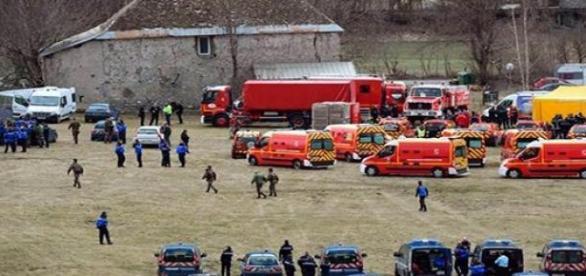 Equipos de rescate del vuelo de Germanwings