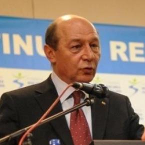 Traian Basescu critica clasa politica