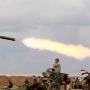 L'artillerie en action à Tikrit