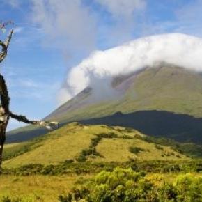 Montanha da ilha do Pico, Açores.