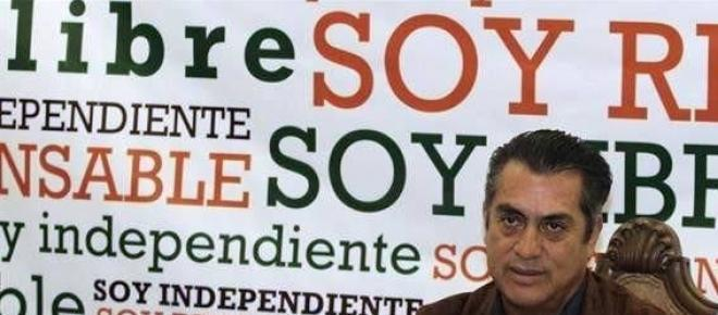 Jaime Rodriguez Calderón primer candidato independiente a la gubernatura de Nuevo León, alcanzo su postulación mediante el apoyo de mas de 350 mil simpatizantes, todo esto mediante una muy fuerte campaña a través de las redes sociales