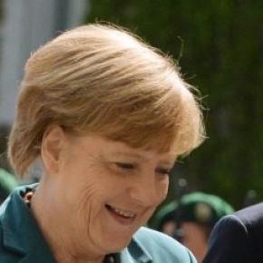 Angela Merkel si Shinzo Abe