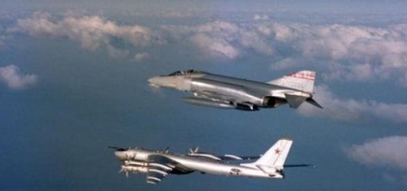 Avion rusesc interceptat de SUA