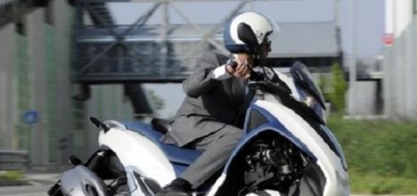 Piaggio vs.Peugeot e Yamaha : violati brevetti Mp3