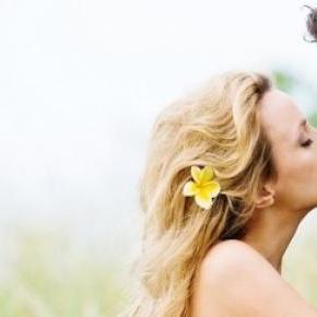 Beijo entre um casal apaixonado