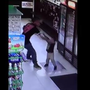 Un tata isi bate copilul de 3 ani