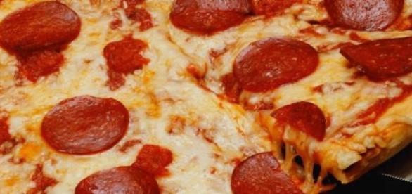 Minipizza, őzgerinc, csirkemell