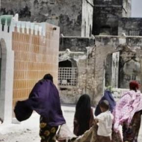 Plusieurs bâtiements sont en ruines à Mogadiscio.
