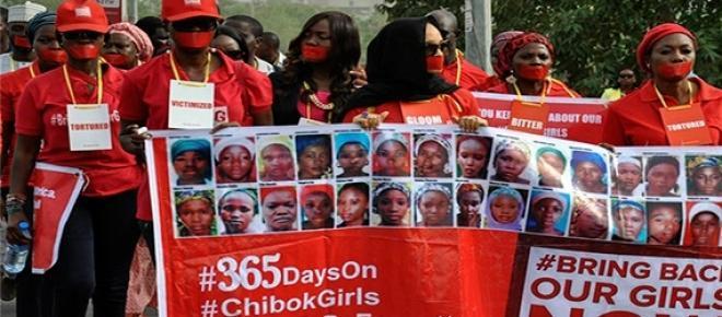 Boko Haram, el grupo terrorista islámico del norte de Nigeria, secuestró a más de 200 niñas hace un año de una escuela cristiana.